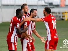El Almería anuncia un nuevo positivo por COVID-19. LaLiga