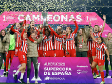 Virginia levantó la Supercopa. AtléticoDeMadrid