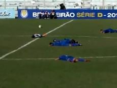 Nouvelle attaque d'abeilles dans un match au Brésil. Capture