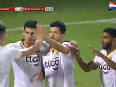 Jugadores de Guaraní celebran uno de los goles en la victoria ante Sol de América. Captura/FUTBOLP