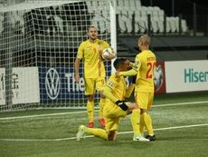 Rumanía ganó 3-0 gracias a tres goles en los instantes finales. Twitter/hai_romania