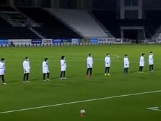 Jogadores de Al Sadd homenagearam os profissionais de saúde. Twitter/AlsaddSC