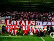 El Slavia manda.