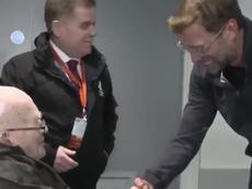 Klopp se reunió con Sheridan. Captura/LFCTV