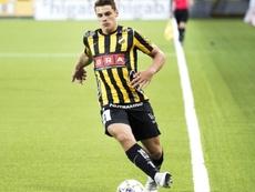 El centrocampista todavía no jugará en el primer equipo. Twitter/Häcken