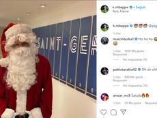 Les stars du football fêtent Noël. Goal
