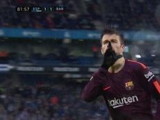 Piqué mandó callar a la afición del Espanyol. Captura/DirectTV
