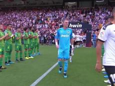 La Real Sociedad a effectué une haie d'honneur pour les Valencians. MovistarLaLiga