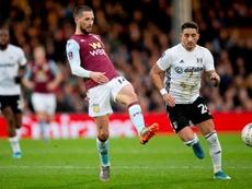 Arter aparta al Aston Villa del camino de la FA Cup. AVFCOfficial