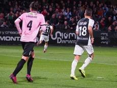 El Castellón hincó la rodilla contra un equipo en descenso. Twitter/CD_Castellon