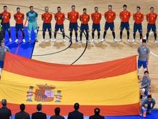 España cumple, golea y estará en el Mundial. Sefutbol