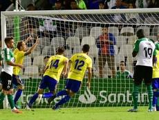 Álex Fernández anotó el 1-2 de penalti. LaLiga