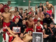 El Sevilla recordó a Reyes y Puerta. Twitter/olitorres10