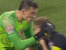 Pese al consejo, Ramos celebró su gol. Captura