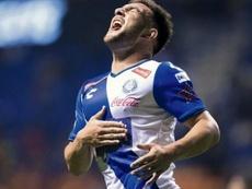 Cavallini criticó a Cruz Azul tras los rumores de traspaso. EFE