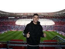 Y mientras el Atleti se jugaba la vida, Lucas tan feliz en Múnich. Twitter/FCBayern