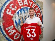 Lukas Mai renovó con el Bayern para marcharse cedido. Twitter/FCBayern