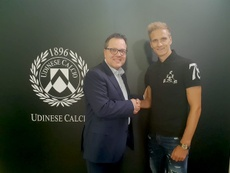 El polaco llega procedente de la Liga Belga. Udinese