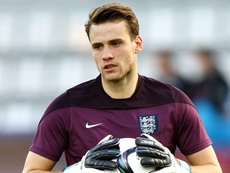 El Aston Villa se interesa en Bettinelli. England