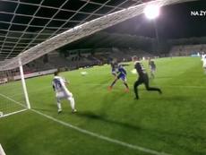 Marquitos falló un gol cantado. Captura/PolsatSport