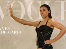 Marta é capa da revista 'Vogue' do mês de julho. Vogue