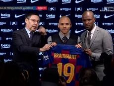 Braithwaite se apresentou ao torcedor do Barcelona. BarcaTV