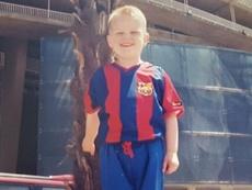 De Ligt se puso la camiseta azulgrana en Barcelona siendo tan solo un niño. Twitter