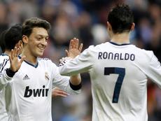 Ozil picked three Real teammates. EFE