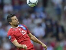 Milan Baros decidió poner punto y final a su carrera deportiva. AFP