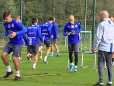 Mollejo y Montero ya están a las órdenes de Luis César Sampedro. Twitter/RCDeportivo