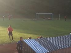 Momento del lanzamiento del penalti en la tanda entre el Silute y el Silas, en la Copa de Lituania. YouTube