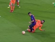 El VAR sí actuó en el penalti a Suárez. Captura/Movistar+