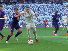 Bale tumbó a Kevin de un codazo. Captura/BeINSports