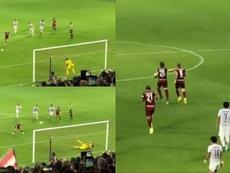 Iniesta manque un pénalty puis marque. Capture/Twitter