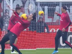 L'incroyable geste technique d'Ibrahimovic. Twitter/ACMilan