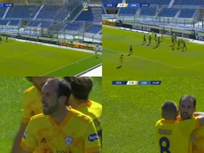 Godin scored with his header on his Cagliari debut. Voetbal/SC_ESPN