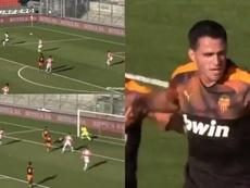 Maxi Gómez anotó su primer gol con el Valencia. Captura/GOL