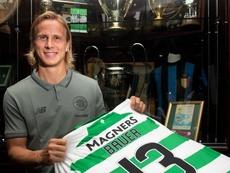 Moritz Bauer llega al Celtic en calidad de cedido. Twitter/CelticFC