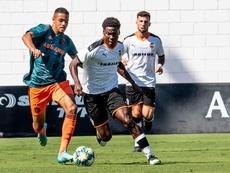 El Valencia cerrará su participación en la Youth League contra el Ajax. Twitter/ValenciaCF