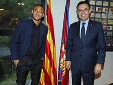 Neymar demandó al Barça y viceversa. EFE