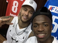 Vinicius elogió al 'crack' del PSG. Twitter/vini11Oficial