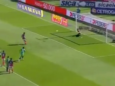 Blandi lanzó el penalti 'a lo panenka'. Twitter/FoxSports