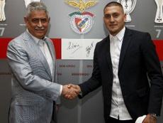 Nico Castillo está a punto de abandonar el Benfica. Twitter/SLB