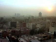 Nuages de pollution au-dessus de Téhéran. AFP