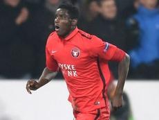 Onuachu podría jugar la próxima temporada en el Aston Villa. Twitter