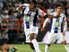 El conjunto mexicano logró darle la vuelta al partido tras empezar perdiendo 0-2. AFP