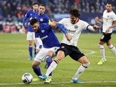Le Milan en contact permanent avec Ozan Kabak. EFE