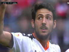 Parejo stunned the Wanda with a fantastic free-kick to make it 1-1. Captura/Movistar+