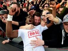 El Standard vuelve a triunfar. Photonews