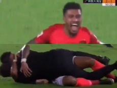 Paulinho marca três gols virada na Liga Chinesa. Captura/CCTV5